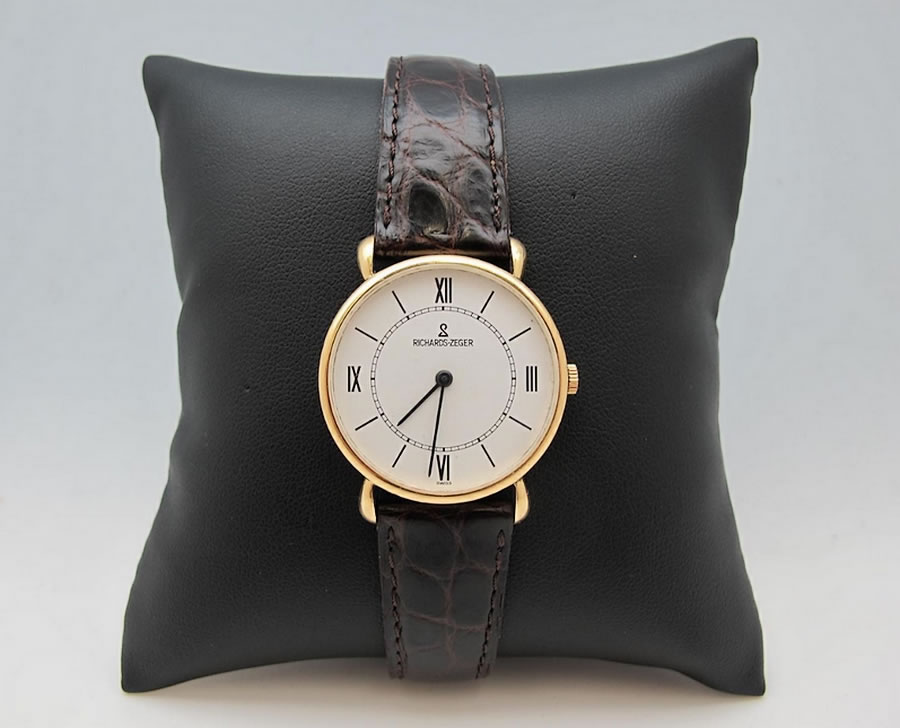 Montre-or-Richards-Zeger