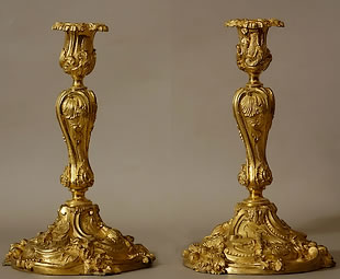 chiselled-gilded-bronze-candlesticks