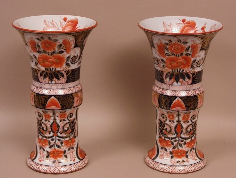 vases-porcelaine-Bayeux-periode-Joachim-Langlois