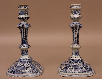 Bougeoirs-faience-de-Delft