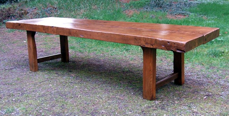 Table de manoir en orme massif for Table basse en orme