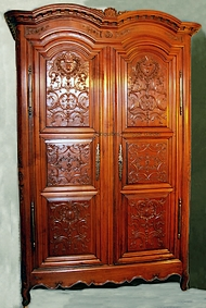 Armoire-double-cintre-rennaise-Louis-XIV-Jacques-Tullou